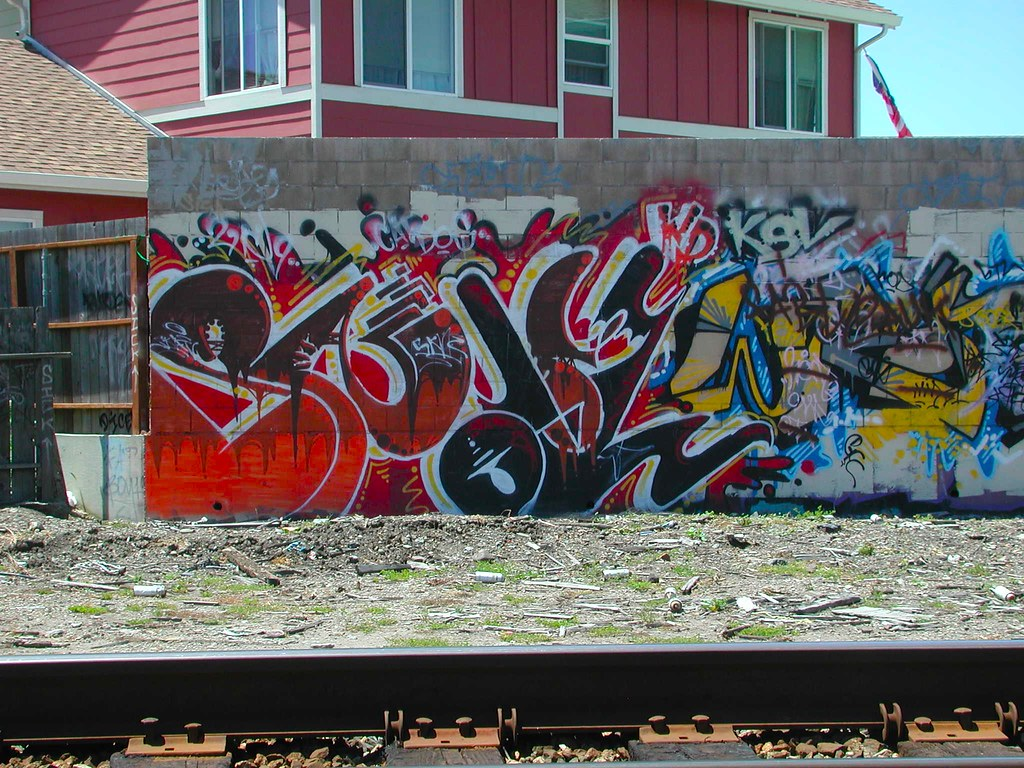 SNARL, OAKLAND, Graffiti, the yard