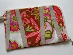 Pieced Wristlet with Lining (OceansFour) Tags: sewing fabric purse wristlet