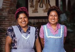 Smiling Women Oaxaca (Ilhuicamina) Tags: people mexico women gente smiles oaxaca mujeres mexicanas sonrisas zapotecas