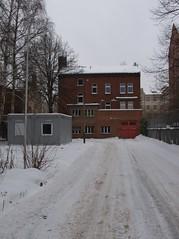pankow (Torben*) Tags: schnee winter red house snow building berlin rot haus panasonic gebaeude pankow fz50 rawtherapee