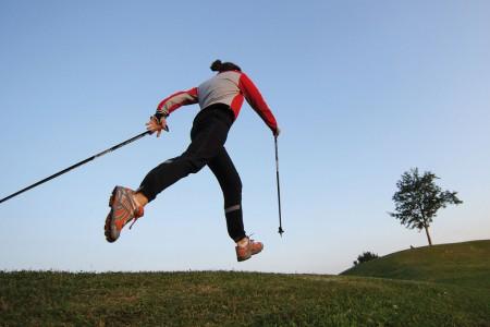 Nordic Walking - do přírody s hůlkami