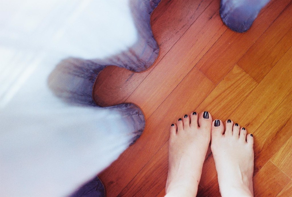 The world 39 s newest photos of foot and ugly flickr hive mind for Hardwood floors hurt feet