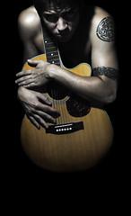 [フリー画像] 人物, 男性, ギター, 201101291700