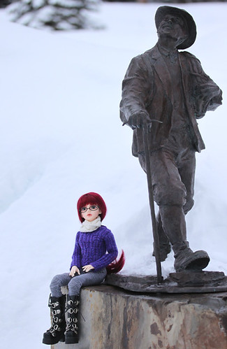 purple sweater statue