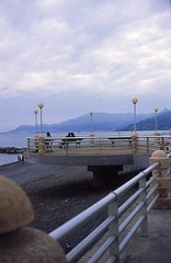 Lungomare Bordighera 2 (paolapaoletta) Tags: sea coast costa lungomare liguria italy minolta himatic11 agfactprecisa100