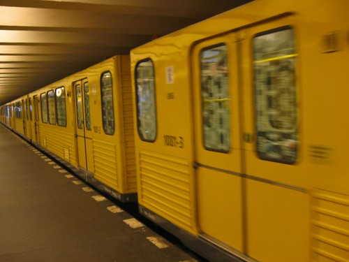 Yellow U-bahn carriages