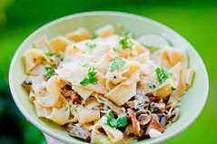 Foooooood! (alexbartok) Tags: food dinner mushrooms 50mm essen dish pasta mozarella noodles parsley pilze parmesan 50mmf14 champignons chanterelles pfifferlinge petersilie geocity exif:focal_length=50mm exif:iso_speed=200 d300s ribbonnoodles ribbonpasta camera:make=nikoncorporation exif:make=nikoncorporation geostate geocountrys exif:lens=500mmf14 camera:model=nikond300s exif:model=nikond300s exif:aperture=14