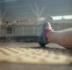 ostrich (miuco*) Tags: bridge sea film me station japan shoes platform kanagawa kawasaki  tsurumiline semflex