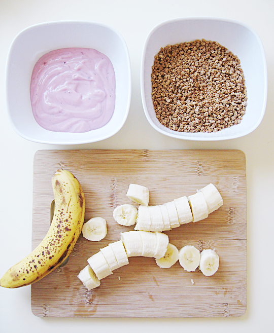 bananas+yogut+grape nuts+healthy frozen snack -2