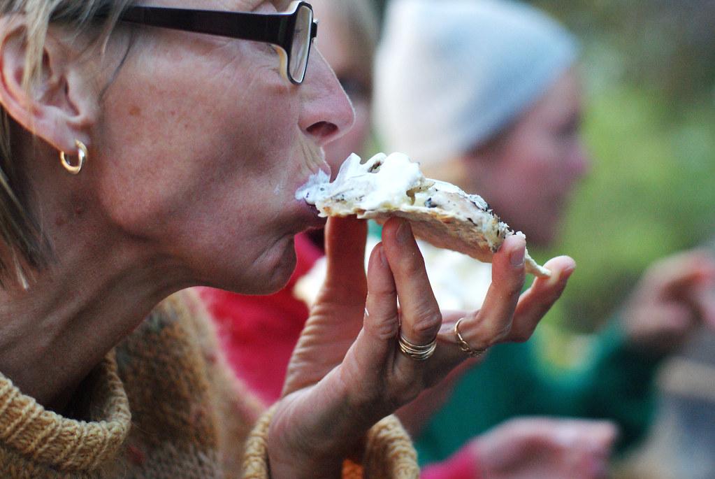 mamma äter strömming