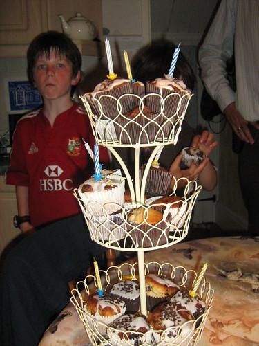 Cake-stand birthday cake