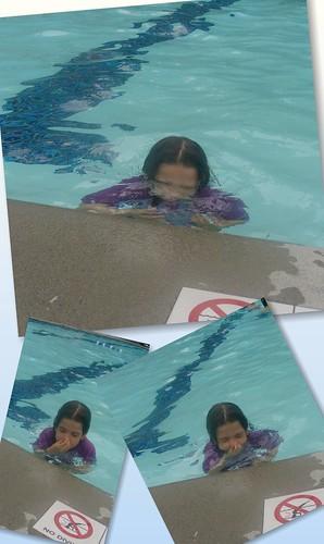 20100702_AtThePool_EKUnderwater