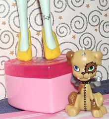 MHYellowShoesBlank (dorriebelle) Tags: mattel dollshoes monsterhigh watzit baddollsewing monsterhighdoll