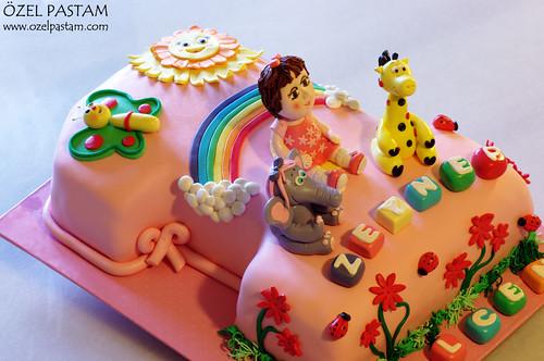 Zeynep'in Baby Tv 1 Yaş Pastası