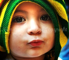 Kiss giver (Monica Galafassi's Photos) Tags: cute girl childhood wow wonderful kid amazing toddler kiss colorful child little sofia beijo kinder nia littlegirl guria kiddo criana lovely menina brighteyes beijoca fofa colorido garotinha kisser olhosbrilhantes dorogaya beijoqueira devuchka