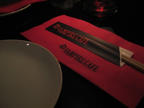 Vampire Cafe 03