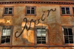 Noir (Leo Reynolds) Tags: window facade canon eos iso100 28mm 7d f80 0005sec hpexif leol30random groupnorwich xleol30x
