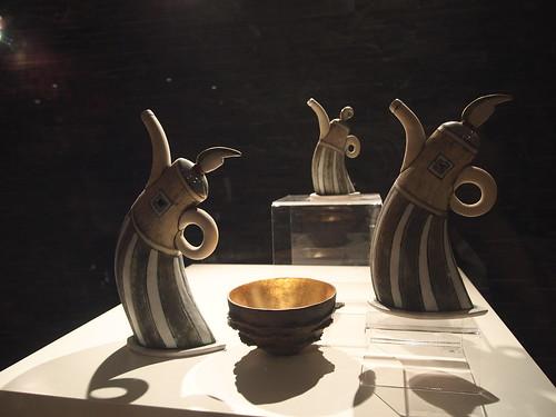 南非馆的壶和碗