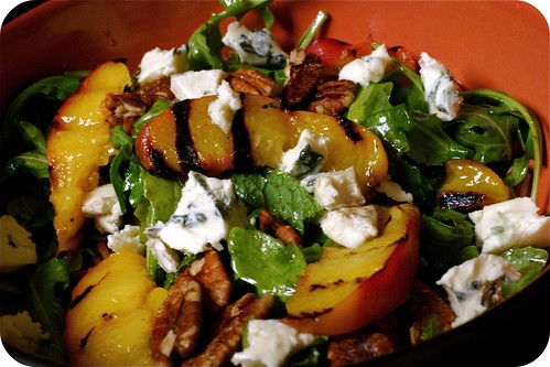 grilled peach and blue cheese salad