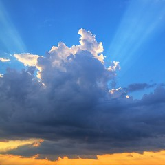 Cloud and Light (Samer Farha) Tags: blue sunset sky clouds dcist rays hdr arlingtonva welovedc