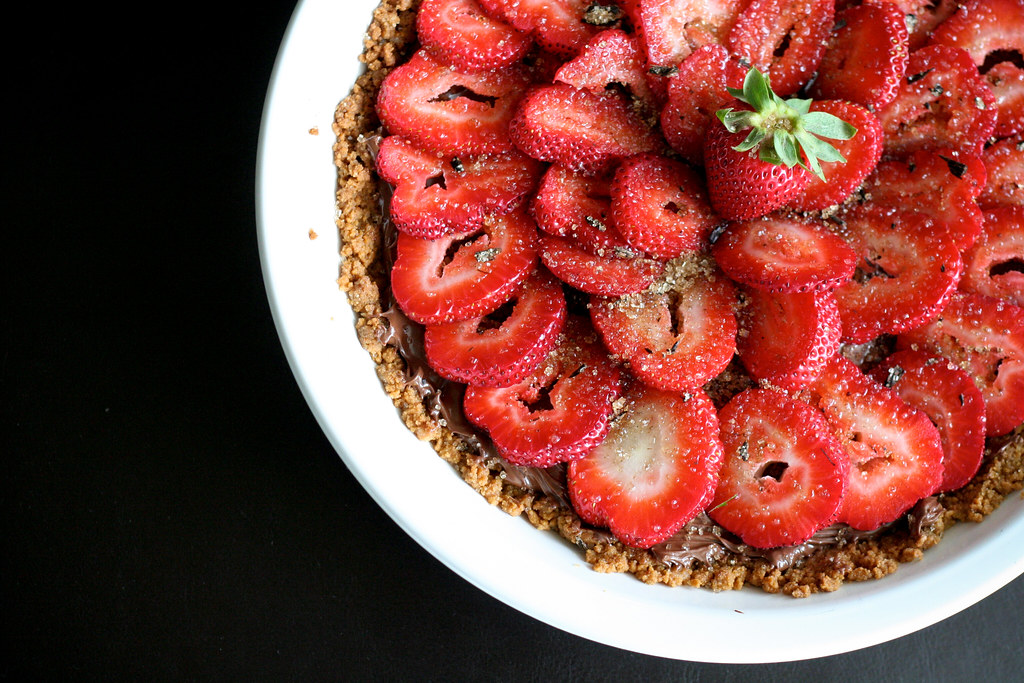 Strawberry Nutella Tart with Graham Cracker Crust