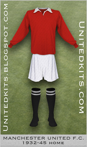 Manchester United 1932-1945 Home kit