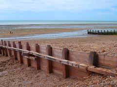 Worthing beach and groynes (Dave Reynolds) Tags: england beach sussex coast worthing seaside groyne