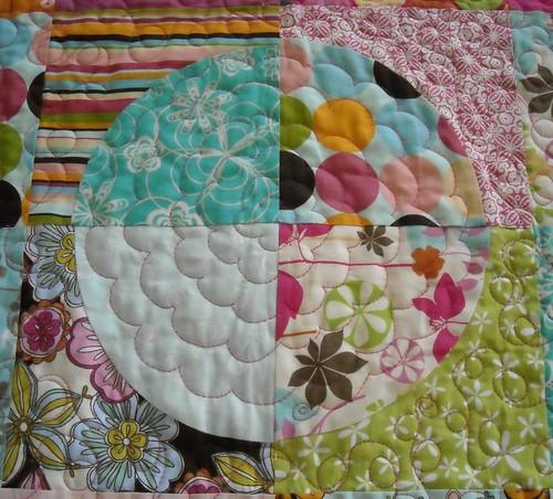 circle quilt closeup