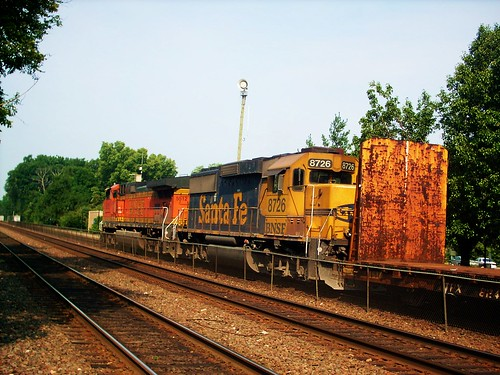 Westbound BNSF Railway freight train. Riverside Illinois. July 2007. by Eddie from Chicago