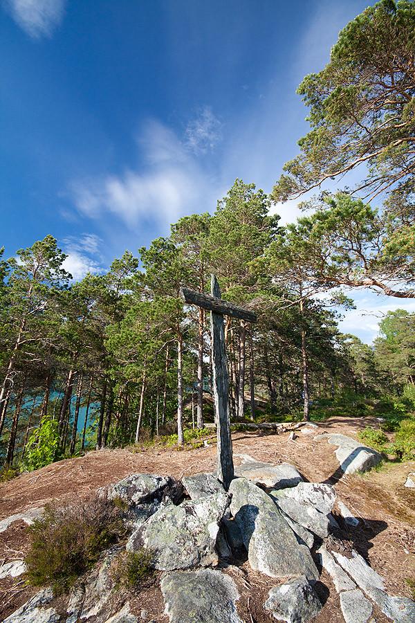 stone-cross