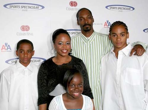 Snoop Dogg & family