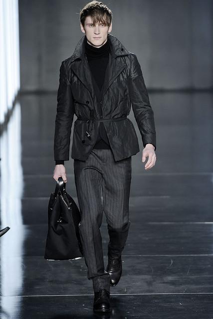 Bastiaan Ninaber3004_FW09_Milan_Costume National(VOGUEcom)