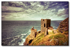 Crowns Engine Houses, Botallack (rjt208) Tags: sea nature cornwall scenic coastline cornish tinmine botallack crowns botallackmine tinmining crownsmine 400d crownsenginehouses botallacktinmine englandrjt208canon crownstinmine
