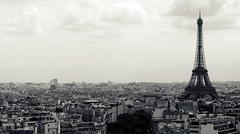 (paula.caroline) Tags: favorite paris france digital canon view cross eiffeltower hazy process larcdetriomphe rebelxs