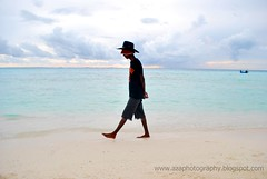 Feel the relaxation (axaje) Tags: sea beach sand flickr estrellas maldives ih flickraward azaphotography