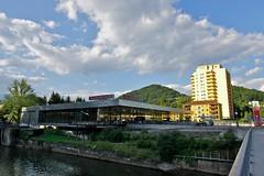 Bruck an der Mur (austrianpsycho) Tags: river wolken haus fluss spar parkplatz gebude geschft bruckandermur eurospar