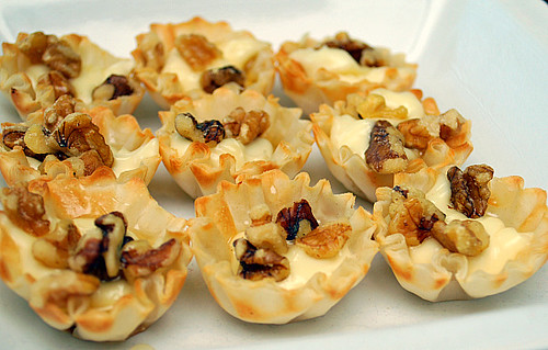 Whats Cookin Chicago 10 Holiday Appetizers To Whet Your Appetite