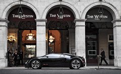 Sang Noir ([ JR ]) Tags: summer black paris france car canon eos hotel noir d 4 jr palace exotic 16 carbon arcades limited bugatti sang rare westin supercar eb qatar 2010 veyron vendome 550 arabs castiglione fialeix