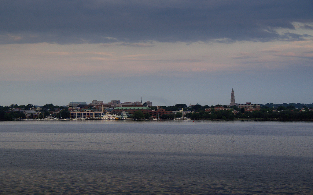 Oldtown Alexandria Waterfront V.A.: dawn