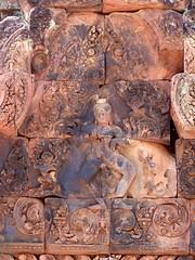King of the Dance (iRave) Tags: cambodia siemreap hindu nataraja banteaysrei fronton tandava pinksandstone jayavarmanv rajendravarmanii 10arms shivadedication kingofthedance mythicalmonkeys