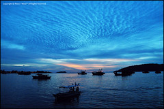 Blue Heaven (Manic~Mind) Tags: light sunset sea seascape silhouette boats boat fishing nikon fishermen view sundown unique object perspective scene malaysia kotakinabalu lonely bluehour moment sabah kk d90 filipinomarket sigma1770mmf28 gayaisland manic~mind