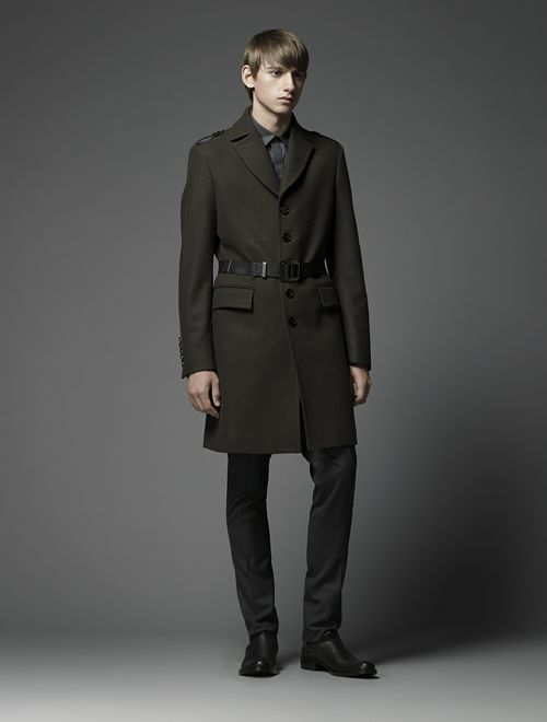 Jannik Schulz0049_Burberry Black Label(Official)