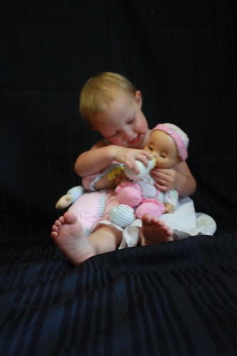 Jessi feeding her baby