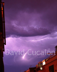 Electric Storm (David Cucaln) Tags: longexposure storm flash olympus tormenta lightning 2010 llamp relampago e510 cucalon davidcucalon