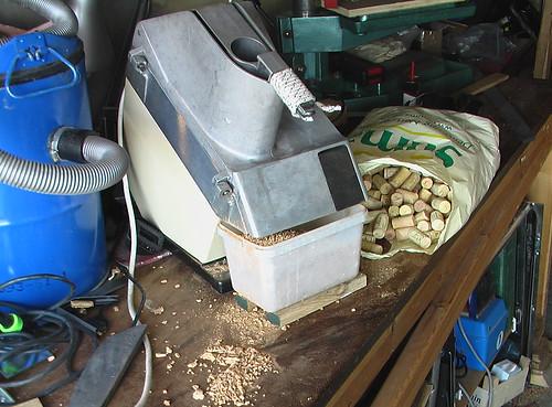 Industrial grater cork infill