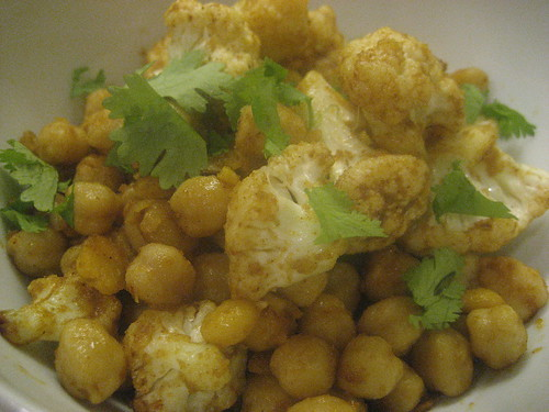 Spiced cauliflower and chickpeas