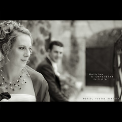 Mathieu & Geraldine / Hesitation... (dominikfoto) Tags: flowers wedding portrait people blackandwhite bw flower love fleur nikon sitting lyon noiretblanc seat nb amour sit beaujolais mariage seated geraldine rire mathieu dominik regard romantique rhnealpes romantisme arnas fusina peoplesitting weddingart naturallightportrait sittingportraits nikond300 quincieux nikond3s mariagelyon photomariagelyon mariagedeprestige