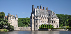 Domaine de la Bretesche (thomaspollin) Tags: panorama lake france castle see frankreich europa europe thomas lac panoramic loire chteau pays burg domaine panoramique atlantique pollin paysdelaloire loireatlantique bretesche missillac thomaspollin domainedelabretesche