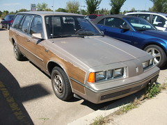 Oldsmobile Firenza Cruiser Station wagon (dave_7) Tags: wood station wagon firenza cruiser oldsmobile stationwagon jbody