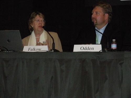 Lee Odden & Sally Falkow At SES San Francisco